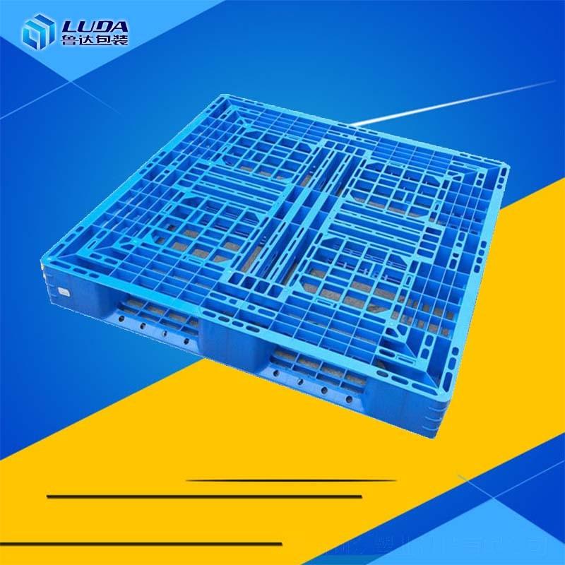 1210塑料托盘在使用中有哪些优势?