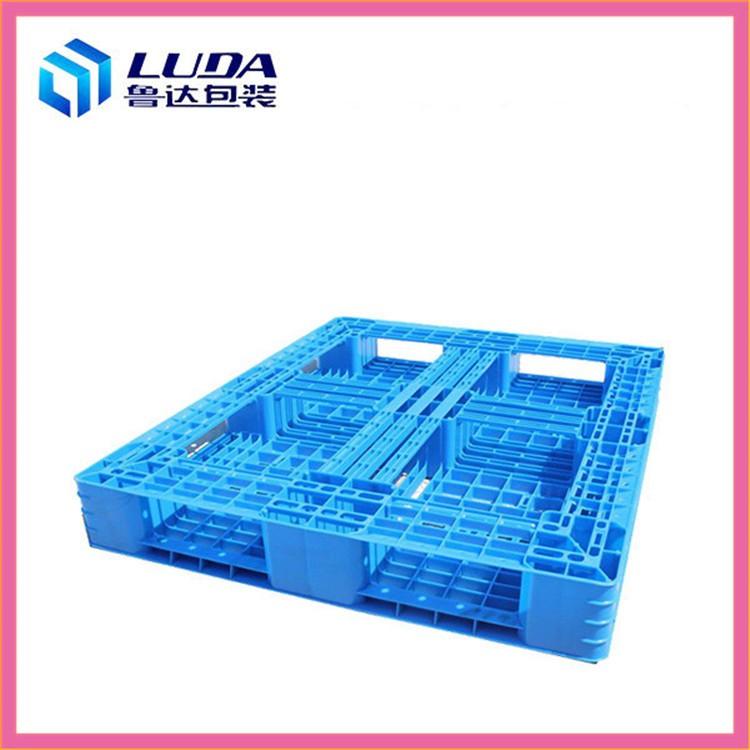 塑料托盘在装卸搬运中的功能表现